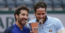 10SBALLS SHARES PHOTO GALLERY OF THE MEN'S DOUBLES FINAL AT THE FRENCH OPEN AT ROLAND GARROS, FELICIANO LOPEZ / MARC LOPEZ DEFEAT THE BRYAN BROTHERS 6-4 6-7(6) 6-3 thumbnail