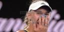 CAROLINE WOZNIACKI BEATS SIMONA HALEP TO WIN THE 2018 AUSTRALIAN OPEN • WTA NUMBER ONE • thumbnail